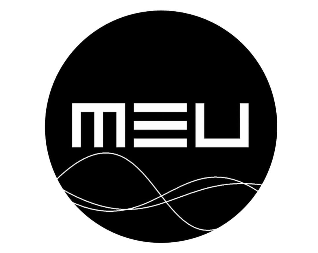 logotipo negro de MEU